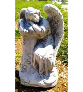 Socha spícího anděla