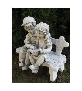Socha chlapeček a holčička